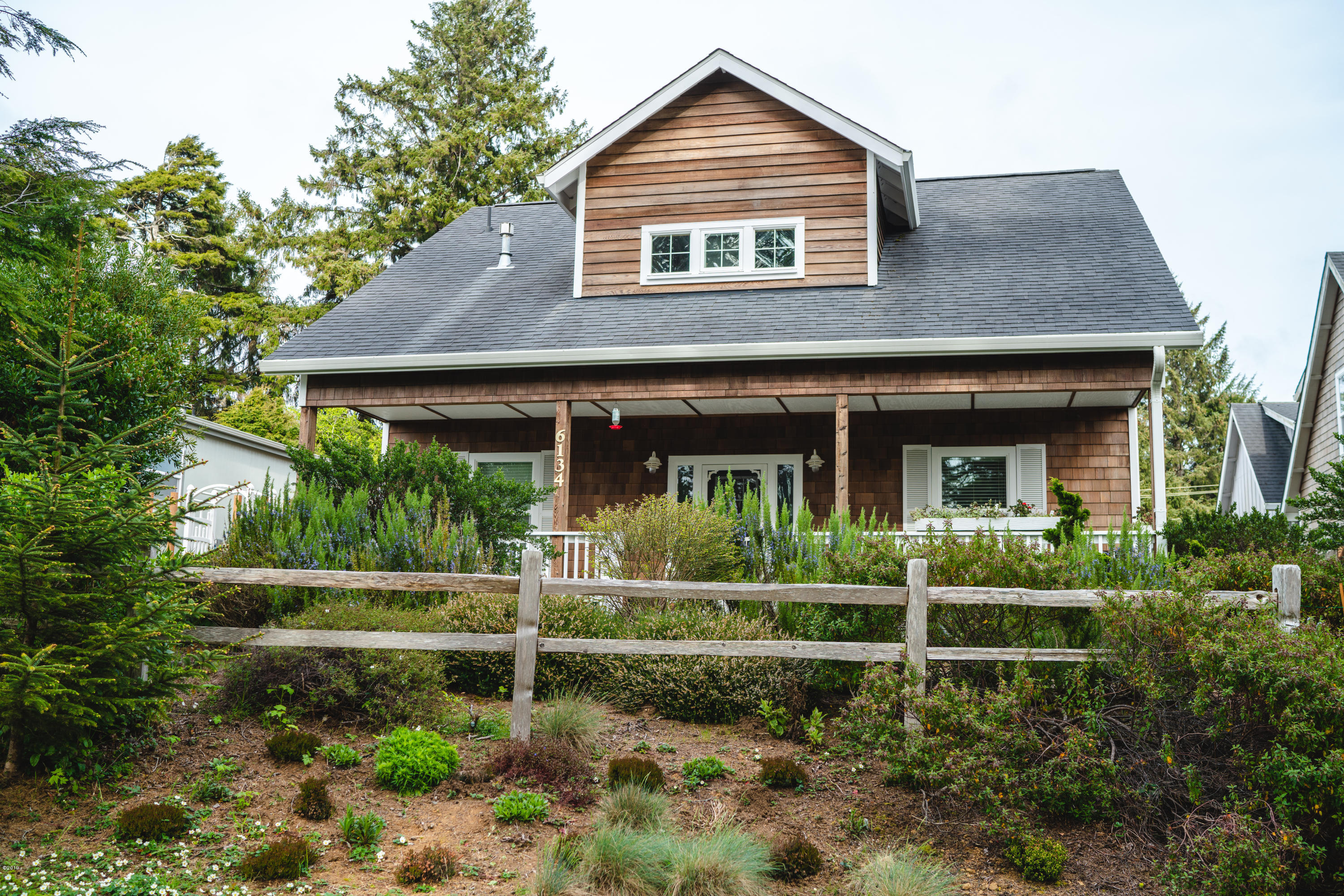 6134 Spruce Ave, Gleneden Beach, OR 97388 - Street view