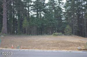 LOT #4 Lincoln Ln., Newport, OR 97365 - Front view of the lot.