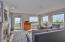 709 US-101 #401- M, Depoe Bay, OR 97341 - Living Room