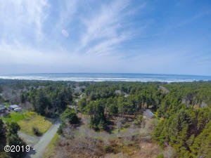 433 NE Camp One St, Yachats, OR 97498 - Aerial View