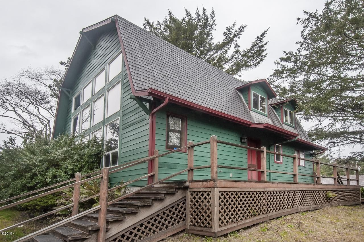 4439, 4441 SW Hwy 101, Lincoln City, OR 97367 - Anchor House Exterior