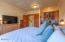 2102 NW 33rd St, Lincoln City, OR 97367 - 33rd-33