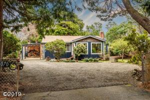 5070 Belle Circle, Depoe Bay, OR 97341 - Home with Southern Exsposure
