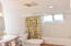718 NE Eads St, Newport, OR 97365 - Main floor Full bath
