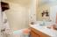 180 SE Hwy 101, #5, Lincoln City, OR 97367 - Main Floor bath