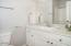 1727 SE 8th St, Lincoln City, OR 97367 - Guest Bath - View 1