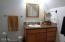 170 Seagrove Loop, Lincoln City, OR 97341 - Master Bath
