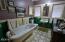 19 SW Hurbert St., Newport, OR 97365 - Bathroom