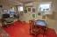 19 SW Hurbert St., Newport, OR 97365 - Lower level office