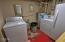 19 SW Hurbert St., Newport, OR 97365 - Laundry
