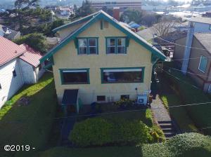 19 SW Hurbert St., Newport, OR 97365 - Front of home