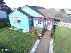 505 NW 10th St., Newport, OR 97365 - Front of House