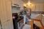 505 NW 10th St., Newport, OR 97365 - Kitchen