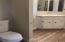 3981 Logsden Rd, Siletz, OR 97380 - bath 1