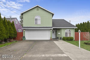 915 Nestucca Ave, Tillamook, OR 97141 - 915A