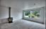 921 Nw Lanai Loop, Seal Rock, OR 97376 - Living Room