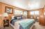 11813 NE Beverly Dr, Newport, OR 97365 - mainfloor room