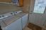 589 W Olive St., Newport, OR 97365 - Laundry Area