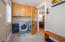 695 SW 26th Ln, Lincoln City, OR 97367 - Laundry