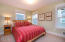 695 SW 26th Ln, Lincoln City, OR 97367 - Guest Bedroom