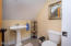 695 SW 26th Ln, Lincoln City, OR 97367 - Carriage House Bath