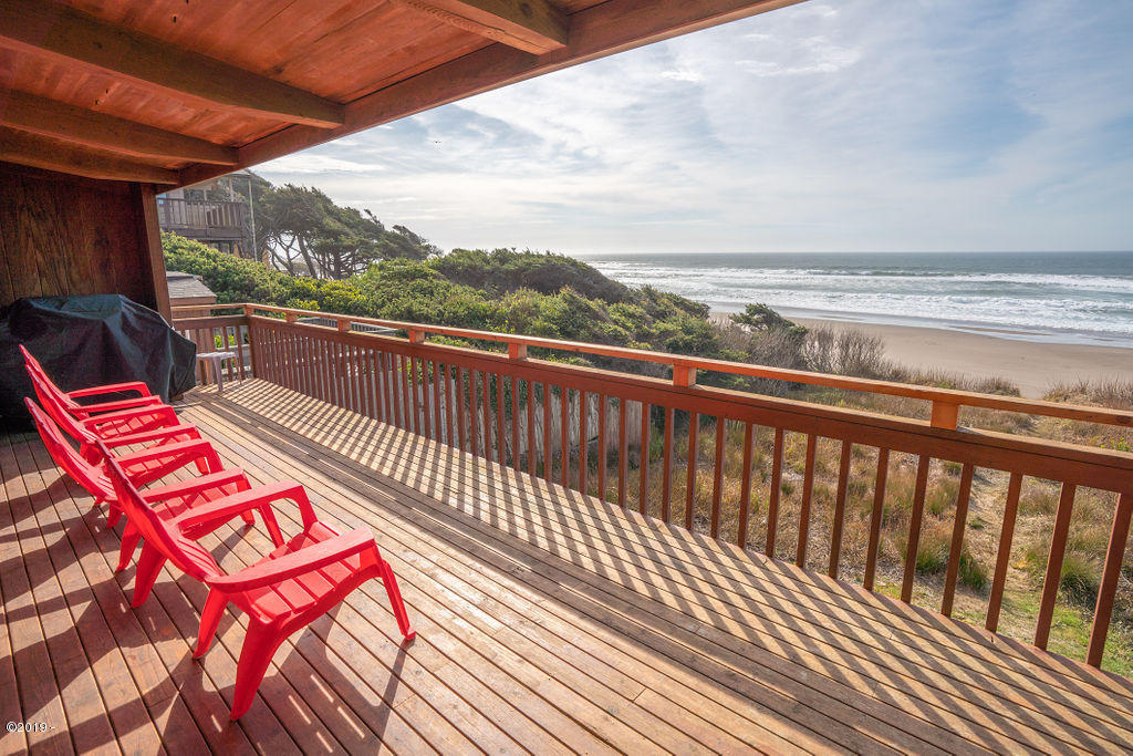 3935 Lincoln Ave., Gleneden Beach, OR 97388
