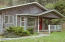 544 Lily Ct, Yachats, OR 97498 - Covered porch