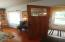 2010 NW 33rd St, Lincoln City, OR 97367 - Enclosed entry