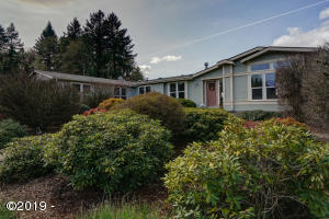 7350 Smith, Monmouth, OR 97361 - Front