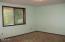 835 Manzanita Ave SW, Depoe Bay, OR 97341 - Bedroom