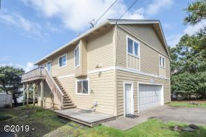 6505 NE Mast Ave., Lincoln City, OR 97367 - Exterior