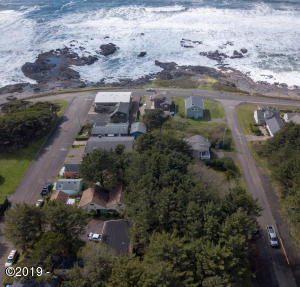 452 4th St, Yachats, OR 97498 - 4th St. aeriel 1/2  block to ocean