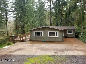 568 Olalla Rd, Toledo, OR 97391 - Front of house from driveway