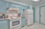 1829 NW 34th St, Lincoln City, OR 97367 - Kitchen