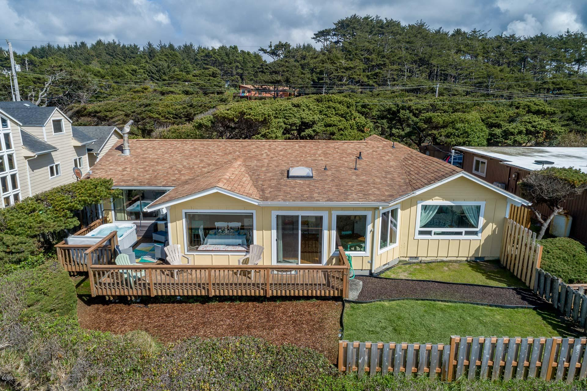 14536 S Coast Hwy, South Beach, OR 97366