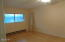 833 SW 13th St, #1, Newport, OR 97365 - Master bedroom