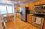 475 SE 35th St St, E-25, South Beach, OR 97366 - Kitchen