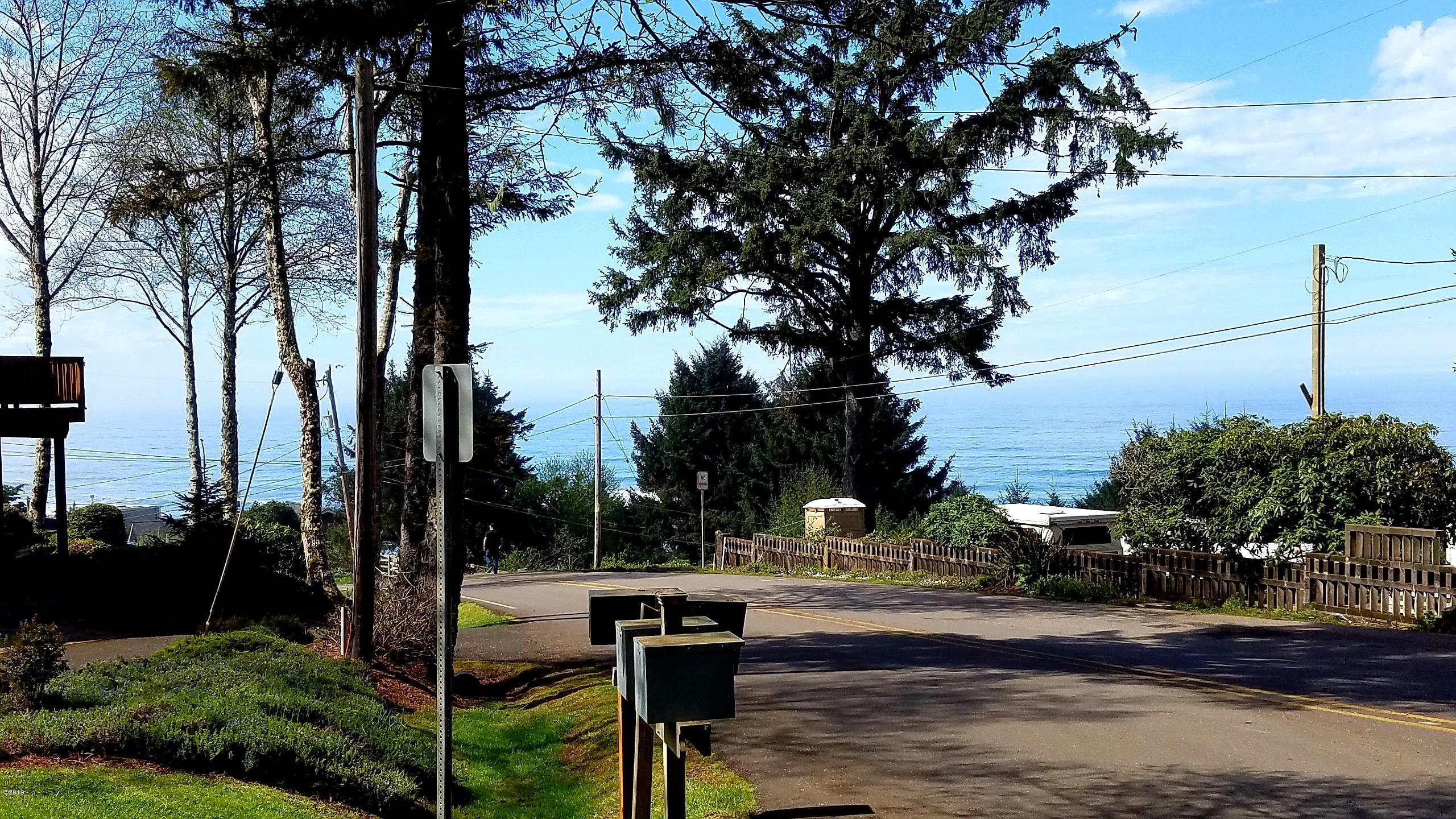 TL 3211 NE Williams Court, Lincoln City, OR 97367 - view from the street