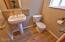 965 SE Ball Blvd, Waldport, OR 97394 - 1/2 bath