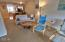 475 SE 35th St St, E-25, South Beach, OR 97366 - Living to Kitchen