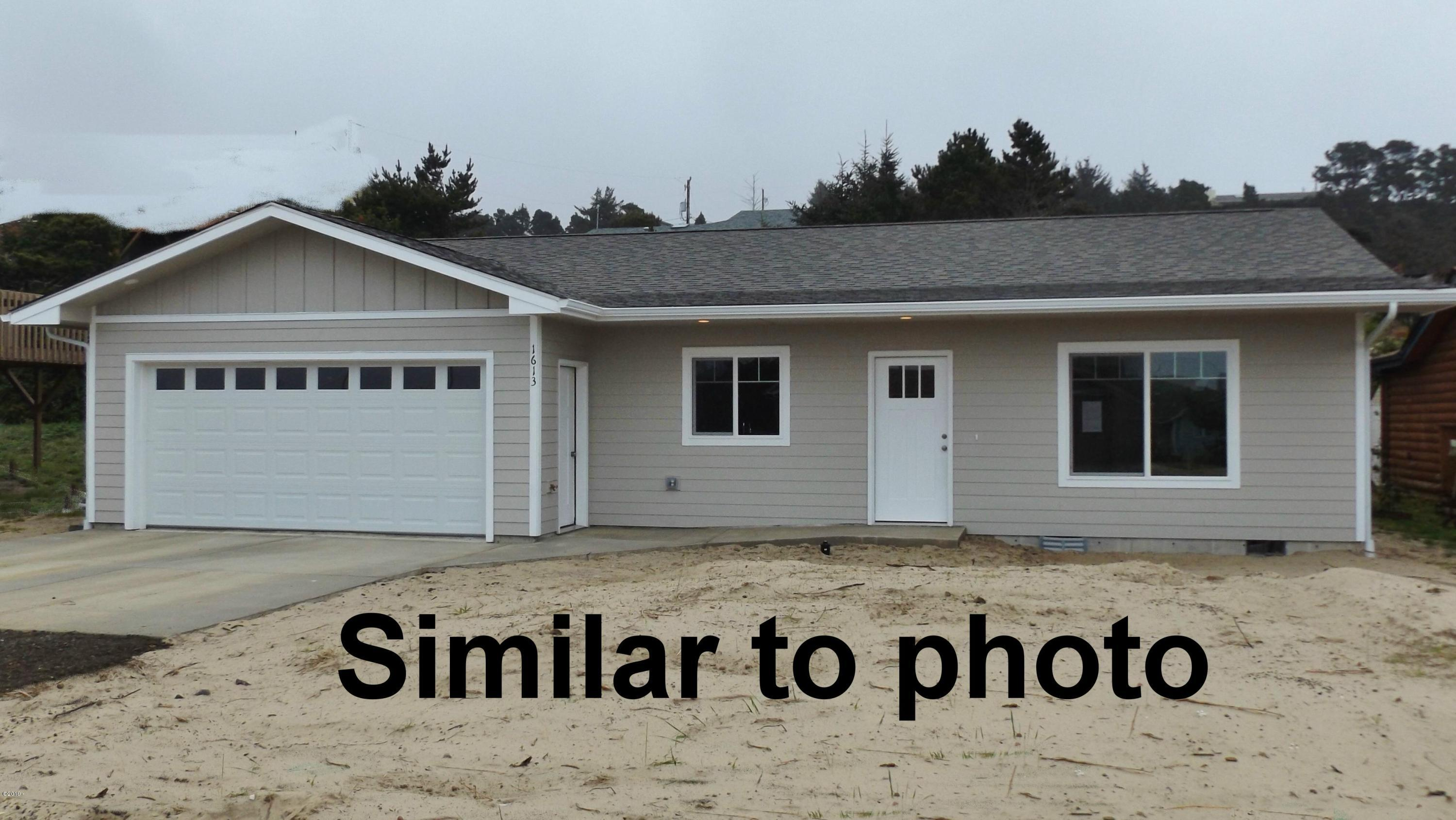 2810 NW Bayshore Loop, Waldport, OR 97394 - Similar to photo