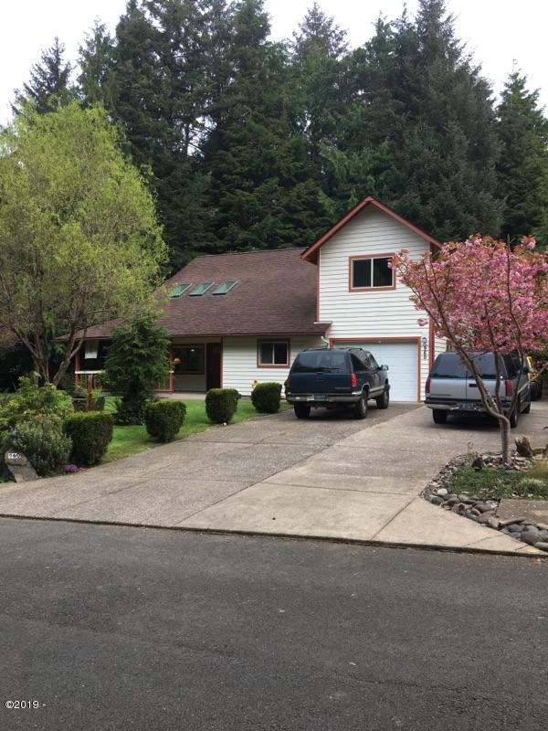 960 NW Terrace St, Seal Rock, OR 97376 - from street