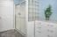 530 SE Neptune Ave, Lincoln City, OR 97367 - Bathroom - View 2 (1280x850)