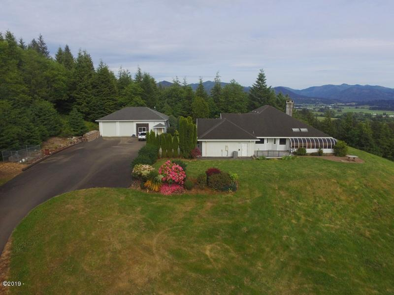 4190 Latimer Rd, Tillamook, OR 97141