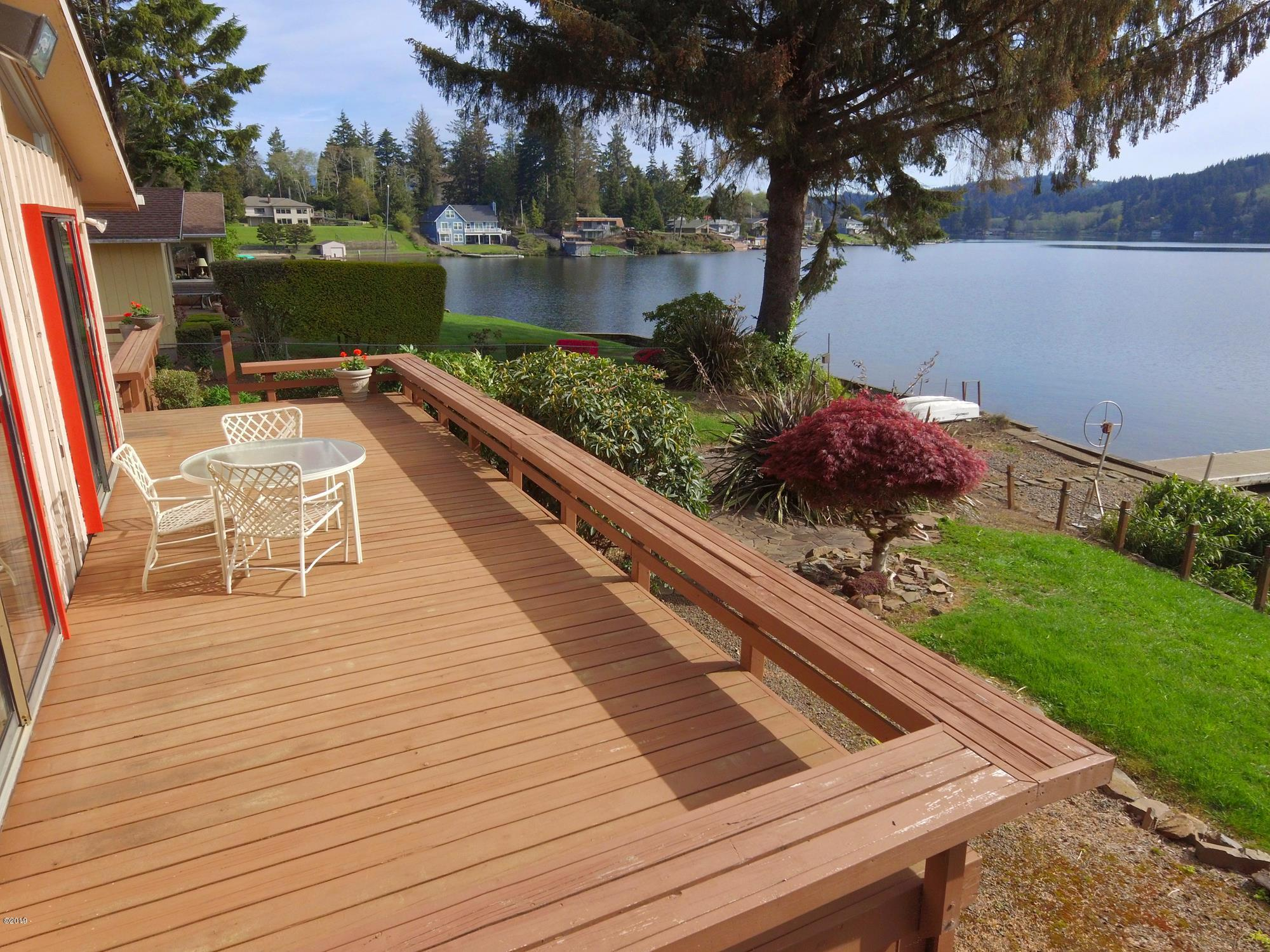 2156 NE Lake Dr, Lincoln City, OR 97367 - 2156 NE Lake Dr