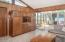 2156 NE Lake Dr, Lincoln City, OR 97367 - Family room
