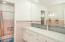 2156 NE Lake Dr, Lincoln City, OR 97367 - Master Bath