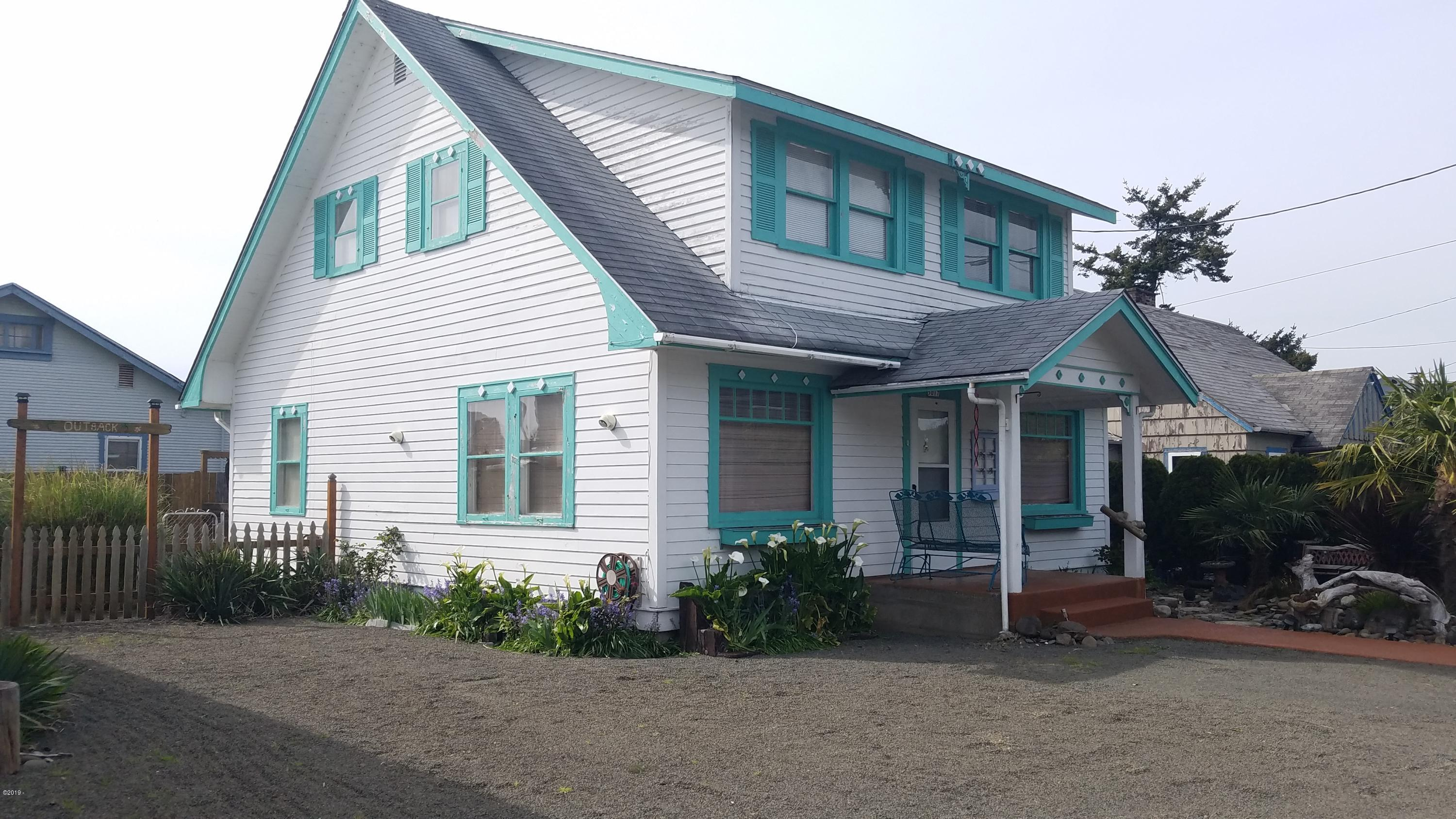 5017 SE Keel Ave, Lincoln City, OR 97367 - front of home
