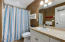 5020 NW Lee Ave, Lincoln City, OR 97367 - Comfort Room 4