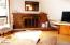 1318 NW Voyager Way, Seal Rock, OR 97376 - Living Room